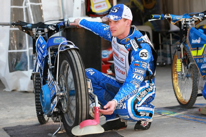 Matej in the pits 3