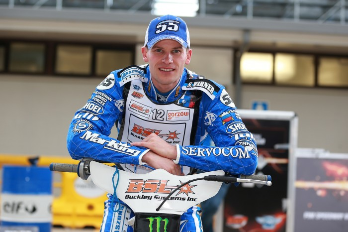 Matej in the pits1